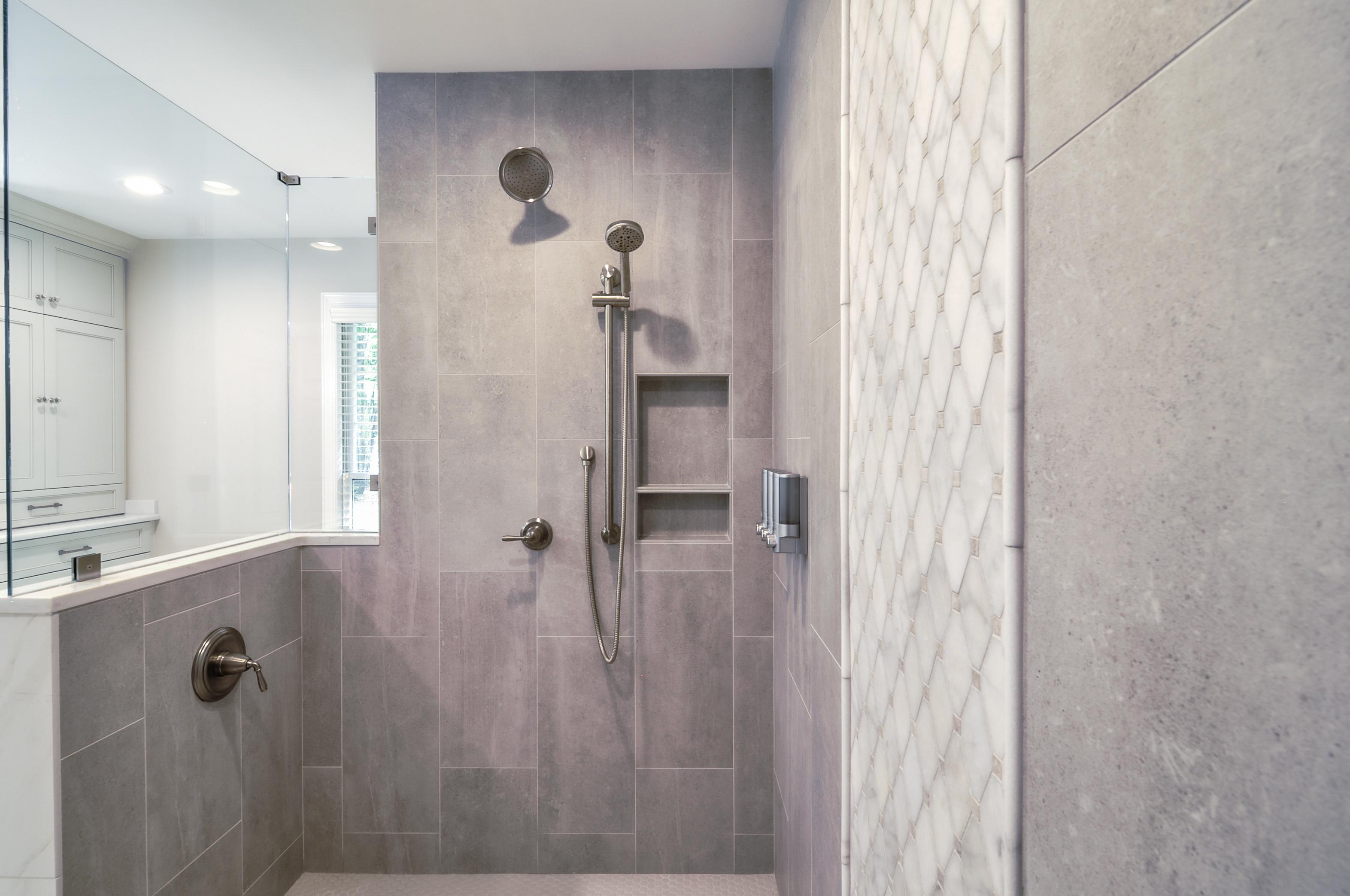 Ward_Master Bathroom (13)