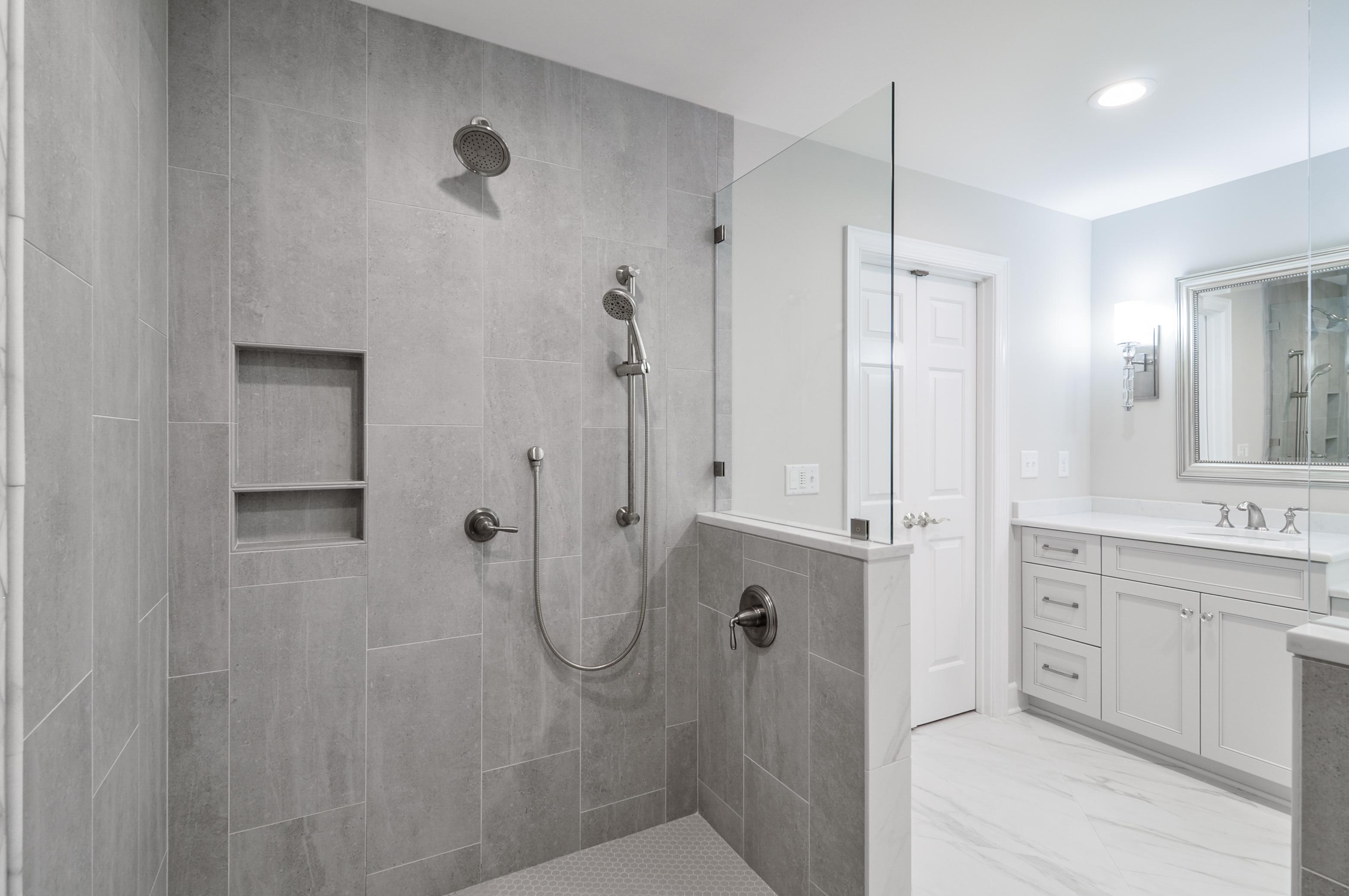 Ward_Master Bathroom (17)